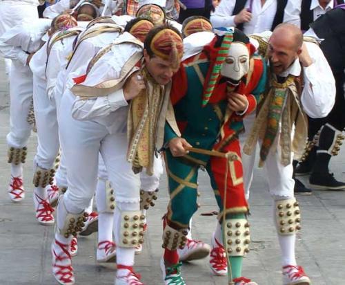 Danzates de Ochagavía / Otsagabiako dantzariak